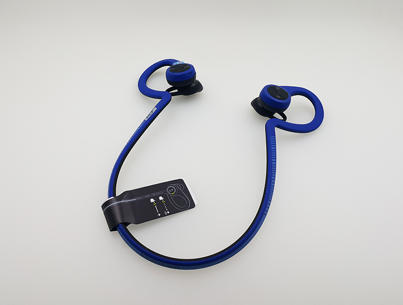 tai-nghe-bluetooth-plantronics-backbeat-fit-09