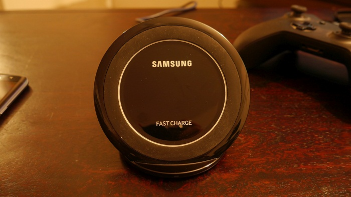 fast-wireless-charger-s7