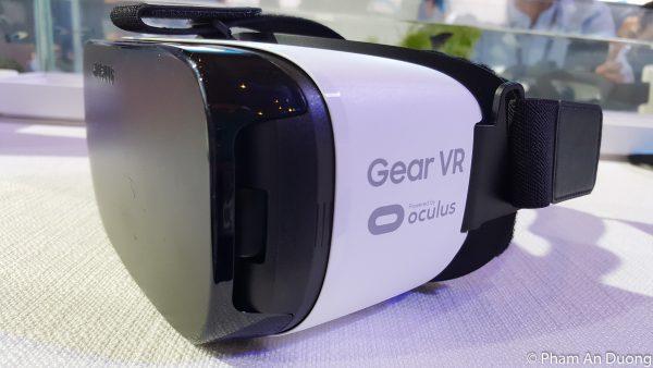 Samsung khẳng định Galaxy S9/S9+ vẫn dùng được VR cũ